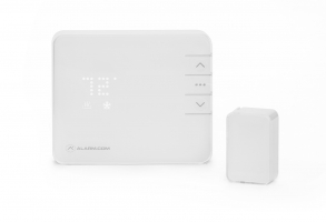 Smart Thermostat With Temperature Sensor